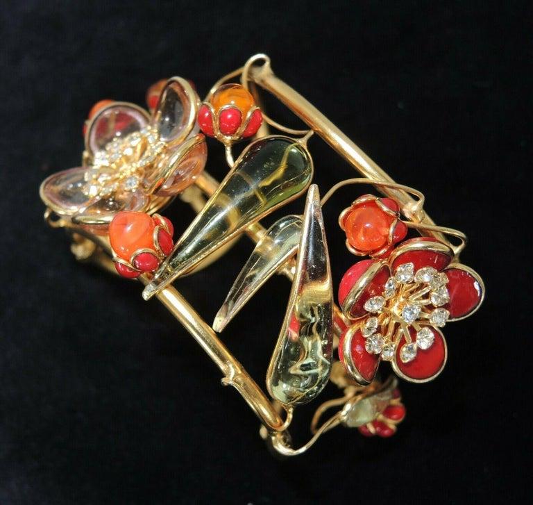 Designer AUGUSTINE Paris by THIERRY GRIPOIX Signed Flower Cuff Bracelet  For Sale 2