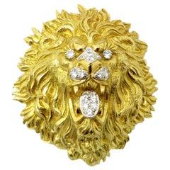 Designer David Webb 18 Karat Gold and Platinum Diamond Lion Brooch or Pendant