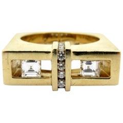 Designer Estate Gauthier 14 Karat Gold Custom Carre and Round Diamond Ring