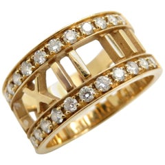 Designer Estate Tiffany & Co. Atlas Collection Diamond Ring Band 18 Karat Gold