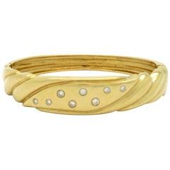 Designer Roberto Sira 14 Karat Yellow Gold Round Diamond Bangle Fashion Bracelet