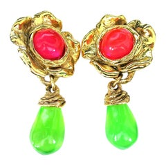 Designer Signed EMANUEL UNGARO PARIS Gripoix Pink and Green Lucite Clip Earrings
