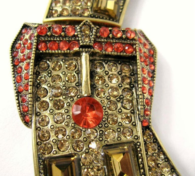 Mixed Cut Designer Signed OSCAR de la RENTA Swarovski Crystal Buckle Necklace  For Sale