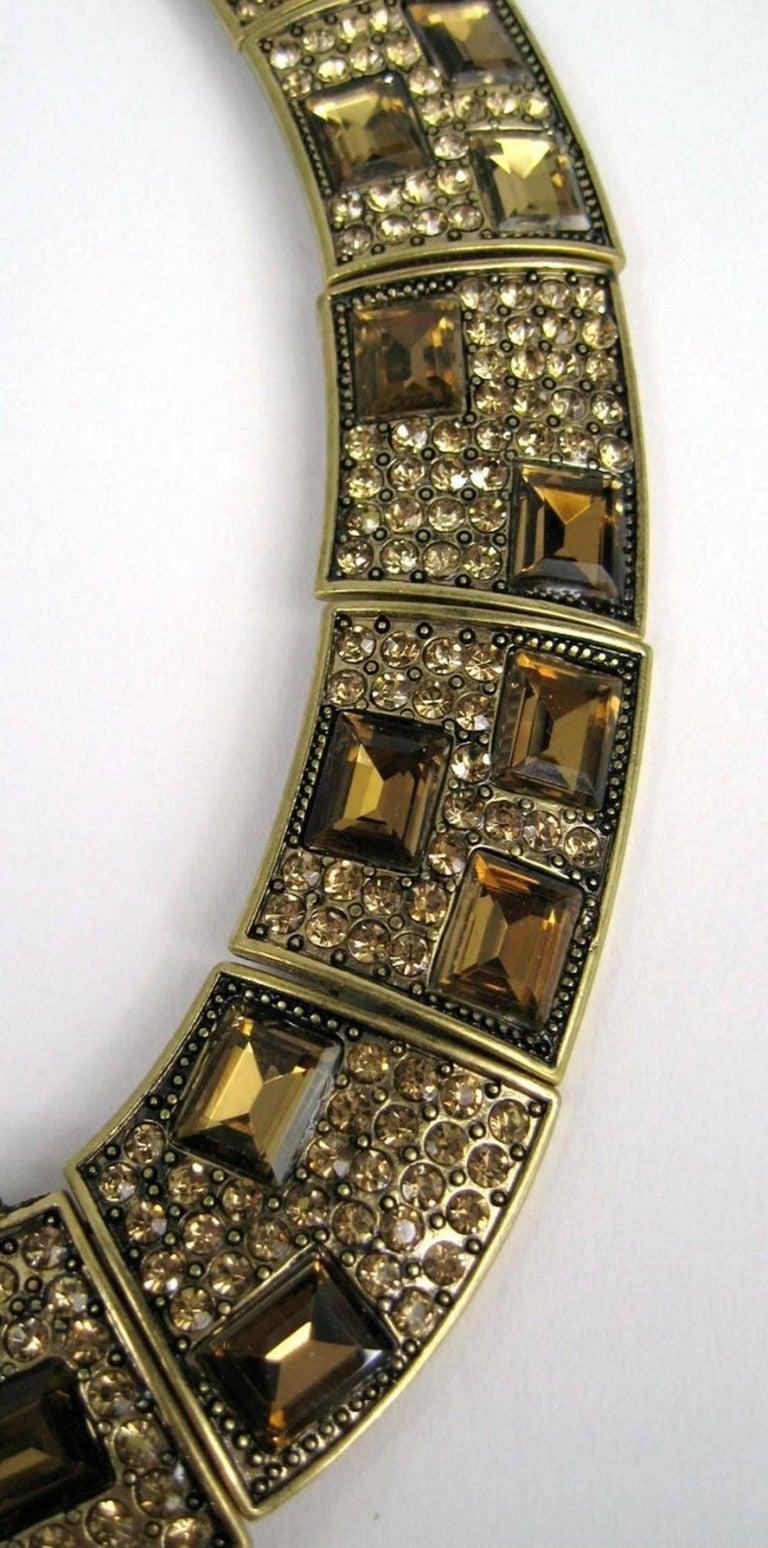Designer Signed OSCAR de la RENTA Swarovski Crystal Buckle Necklace  In Excellent Condition For Sale In Montreal, QC