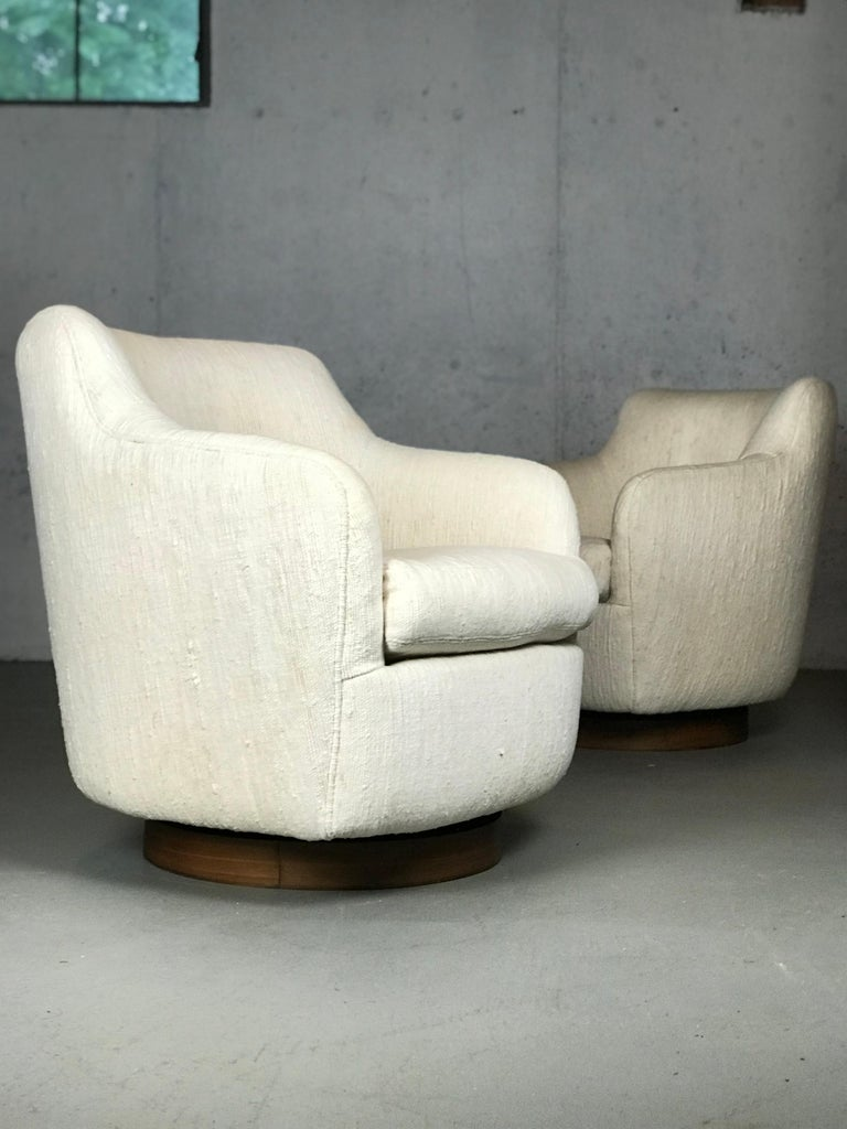 Designer Swivel and Tilt Lounge Chairs by Milo Baughman for Thayer Coggin For Sale 5