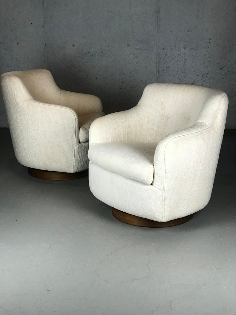 Mid-Century Modern Designer Swivel and Tilt Lounge Chairs by Milo Baughman for Thayer Coggin For Sale