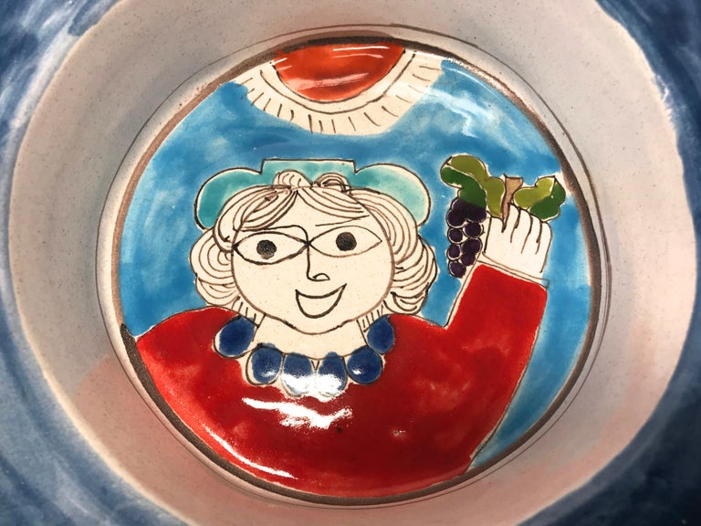 DeSimone Hand Painted 'Happy Grape Lady' Italian Ceramic Square Heavy Deep Dish  In Good Condition For Sale In Rothley, Leicestershire