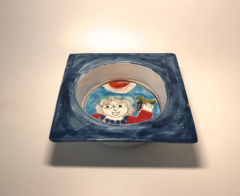 DeSimone Hand Painted 'Happy Grape Lady' Italian Ceramic Square Heavy Deep Dish  For Sale 2