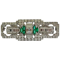 Desirable Platinum Art Déco Emerald and Diamond Plaque Brooch