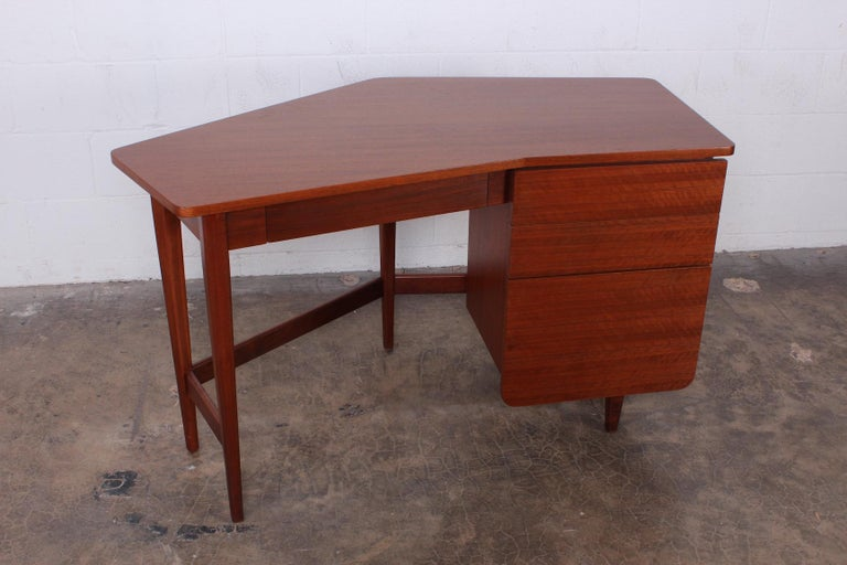 Desk by Bertha Schaefer for Singer and Sons For Sale 6