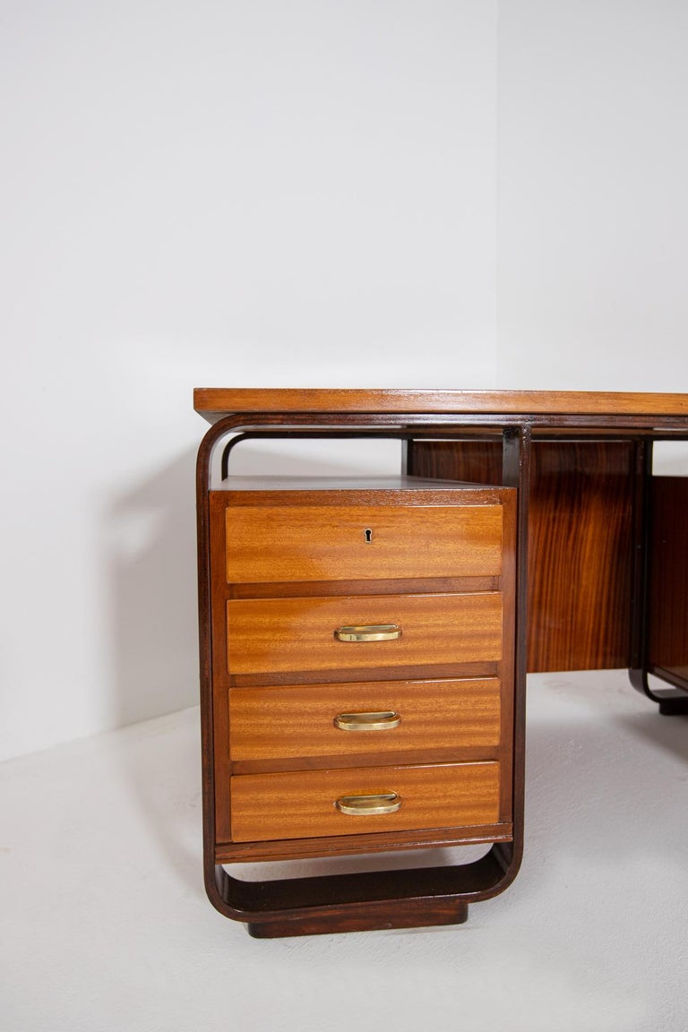 Desk by Giuseppe Pagano in Brass and Wood, Restored 1940s In Good Condition For Sale In Milano, IT