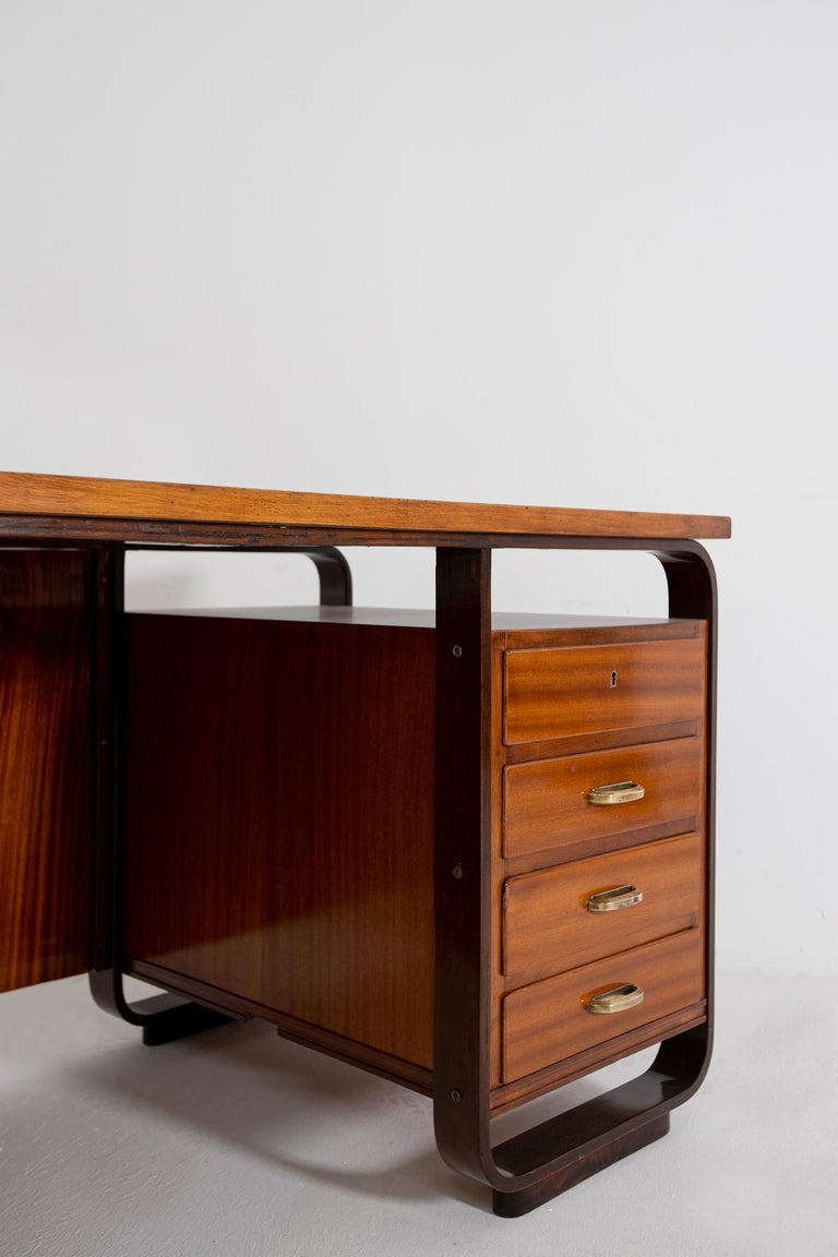 Desk by Giuseppe Pagano in Brass and Wood, Restored 1940s For Sale 3