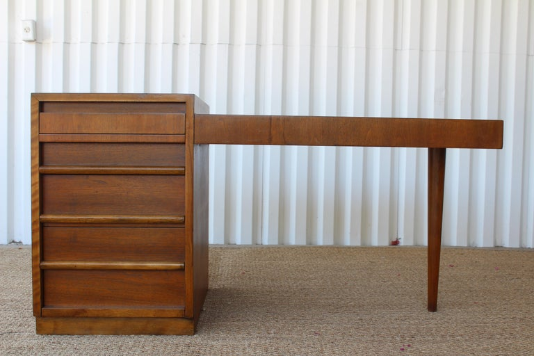 Mid-Century Modern Desk by T.H. Robsjohn-Gibbings for Widdicomb, U.S.A, 1950s For Sale