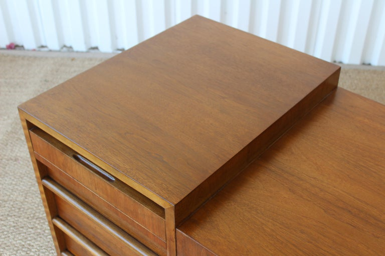 Walnut Desk by T.H. Robsjohn-Gibbings for Widdicomb, U.S.A, 1950s For Sale