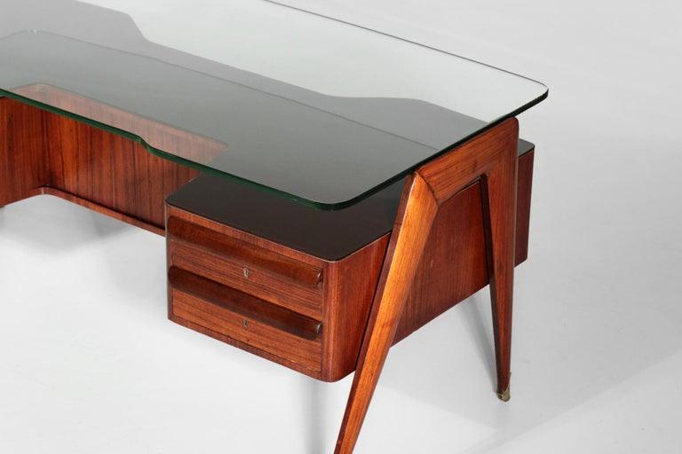 Desk by Vittorio Dassi, 1950s Italian Design For Sale 1