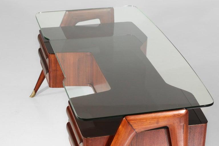 Desk by Vittorio Dassi, 1950s Italian Design For Sale 3