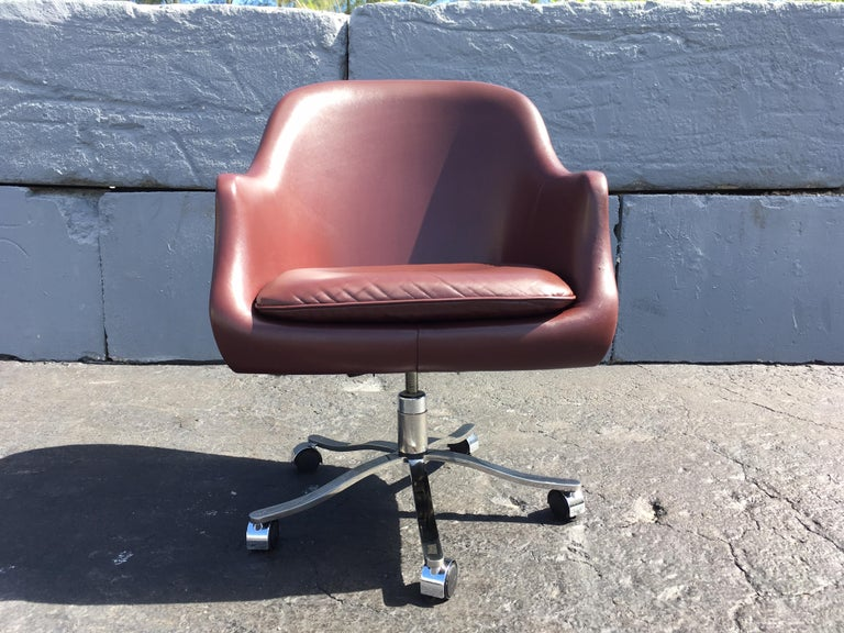 Desk Chair by Nicos Zographos, Leather and Stainless Steel Base For Sale 1