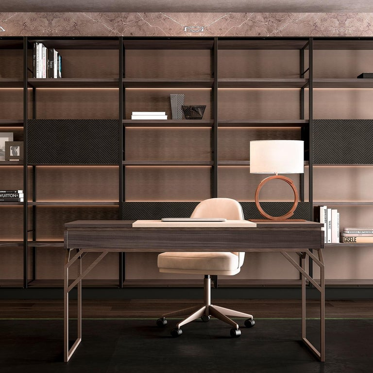 Italian Desk in Leather and Wood For Sale