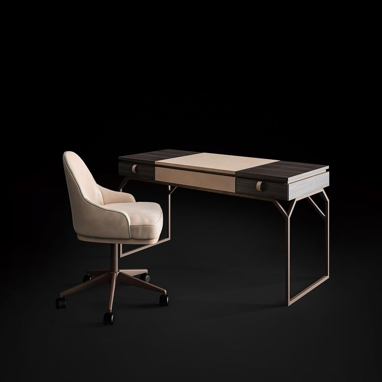 Desk in Leather and Wood In New Condition For Sale In Milan, IT
