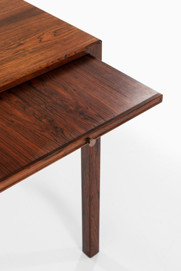 Desk in the Manner of Ole Wanscher Produced in Denmark In Good Condition For Sale In Malmo, SE