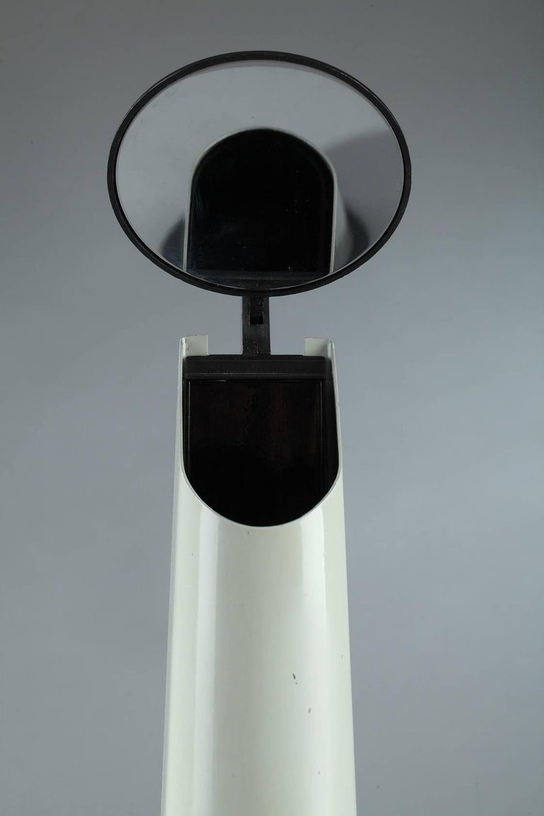 Desk Lamp by Achille Castiglioni & Flos, Italy In Good Condition For Sale In Paris, FR
