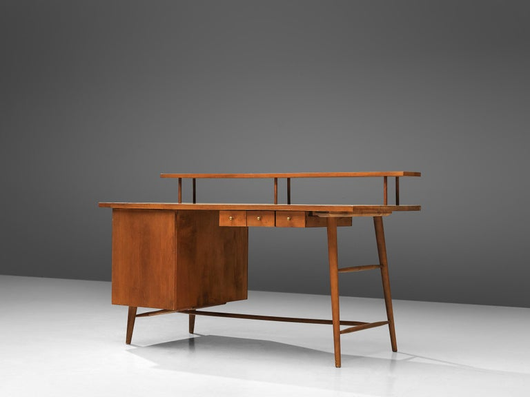 Paul McCobb for Winchendom Furniture Company, desk, maple, United States, 1950s