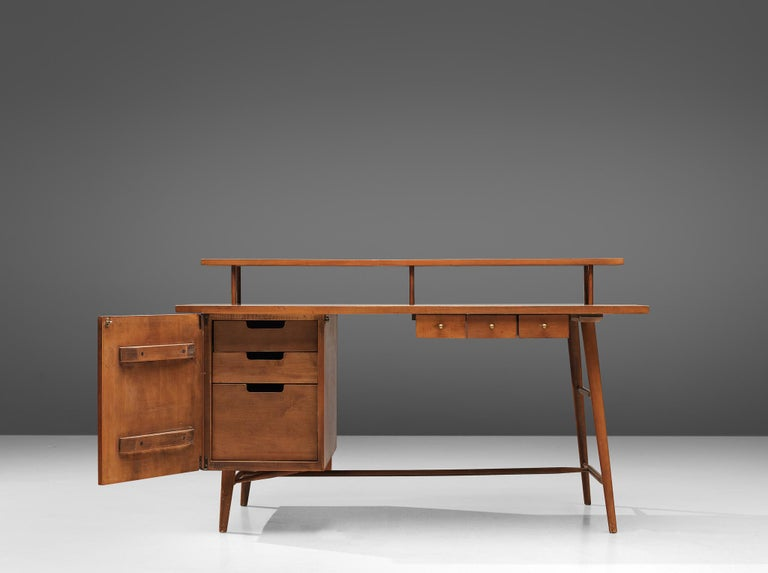 American Desk Paul McCobb Desk in Maple, 1950s For Sale