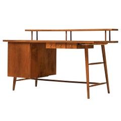 Desk Paul McCobb Desk in Maple, 1950s
