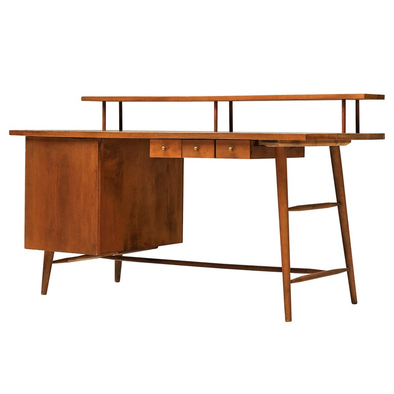 Desk Paul McCobb Desk in Maple, 1950s For Sale