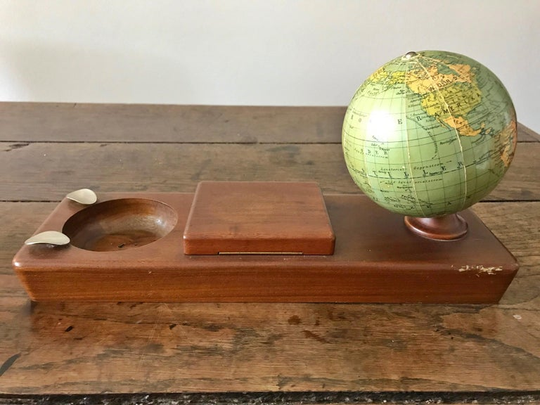Attractive table/writing set made of wood and a globe, circa 1950.  Columbus Schülerglobus, Columbus Publishing House Paul Oestergaard K.G., Berlin - Stuttgart  The globe still has all the English colonies in Africa, as well as France, Israel