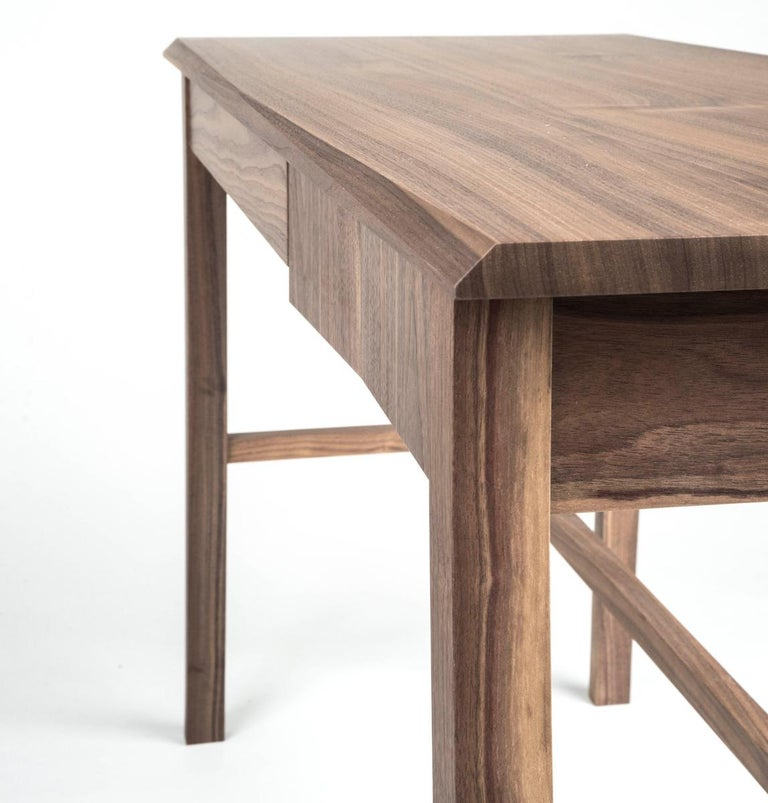 Desk, Walnut, Modern, Storage, Hardwood, Customizable, Semigood  In New Condition For Sale In Issaquah, WA