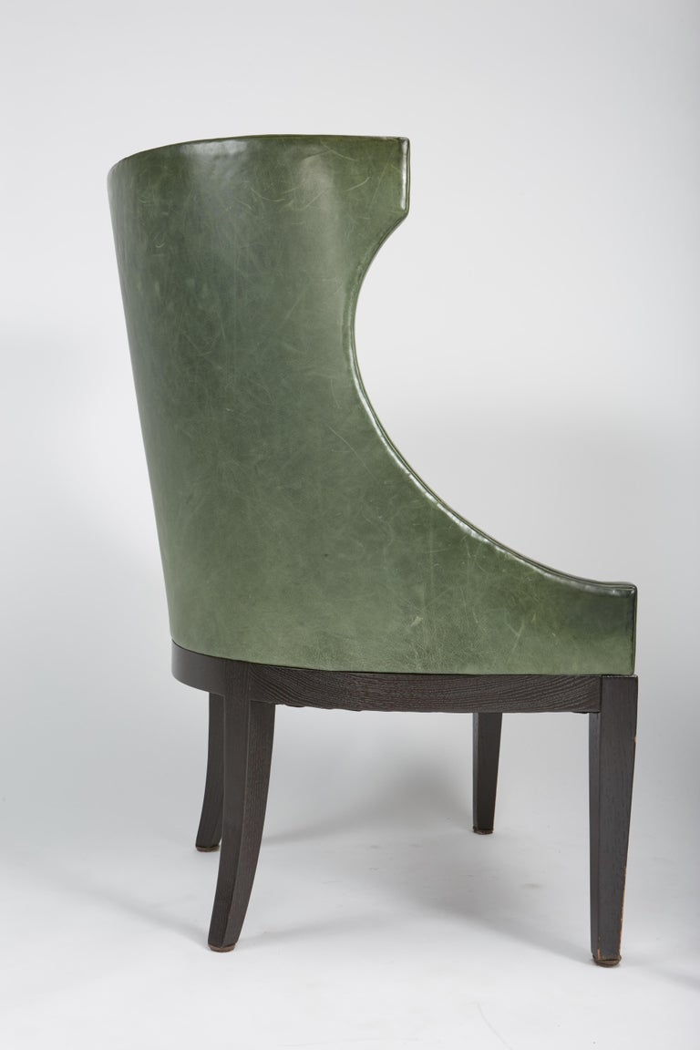 Hollywood Regency Dessin Fournir Classical Modern High Wingback with Green Leather Armchairs For Sale