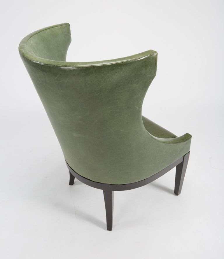 Dessin Fournir Classical Modern High Wingback with Green Leather Armchairs For Sale 2