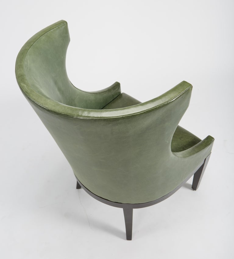 Dessin Fournir Classical Modern High Wingback with Green Leather Armchairs 4