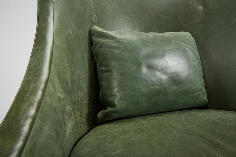 Dessin Fournir Classical Modern High Wingback with Green Leather Armchairs 9