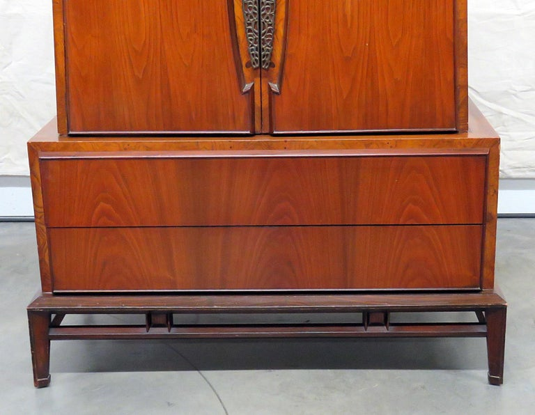 Detroit Furniture Company Mid Century Modern Gentleman S Chest For