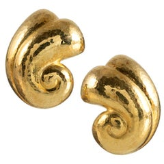 DeVroomen Scrolling Golden Earrings