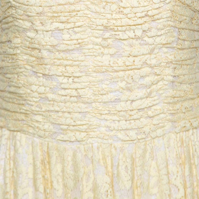 D&G Yellow Floral Lace Ruched Sleeveless Dress M In Good Condition For Sale In Dubai, AE