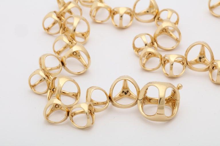 Di Modolo 1990s Triada Clasp Diamond and White and Gold Open Link Necklace For Sale 5