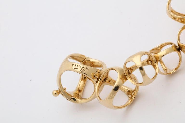 Di Modolo 1990s Triada Clasp Diamond and White and Gold Open Link Necklace For Sale 6