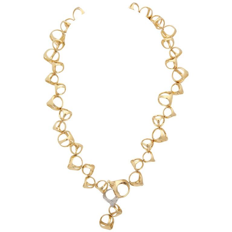 Di Modolo 1990s Triada Clasp Diamond and White and Gold Open Link Necklace For Sale