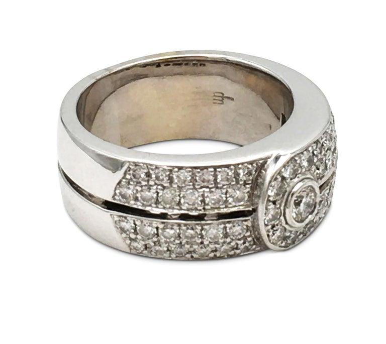 Round Cut Di Modolo White Gold and Diamond Ring For Sale