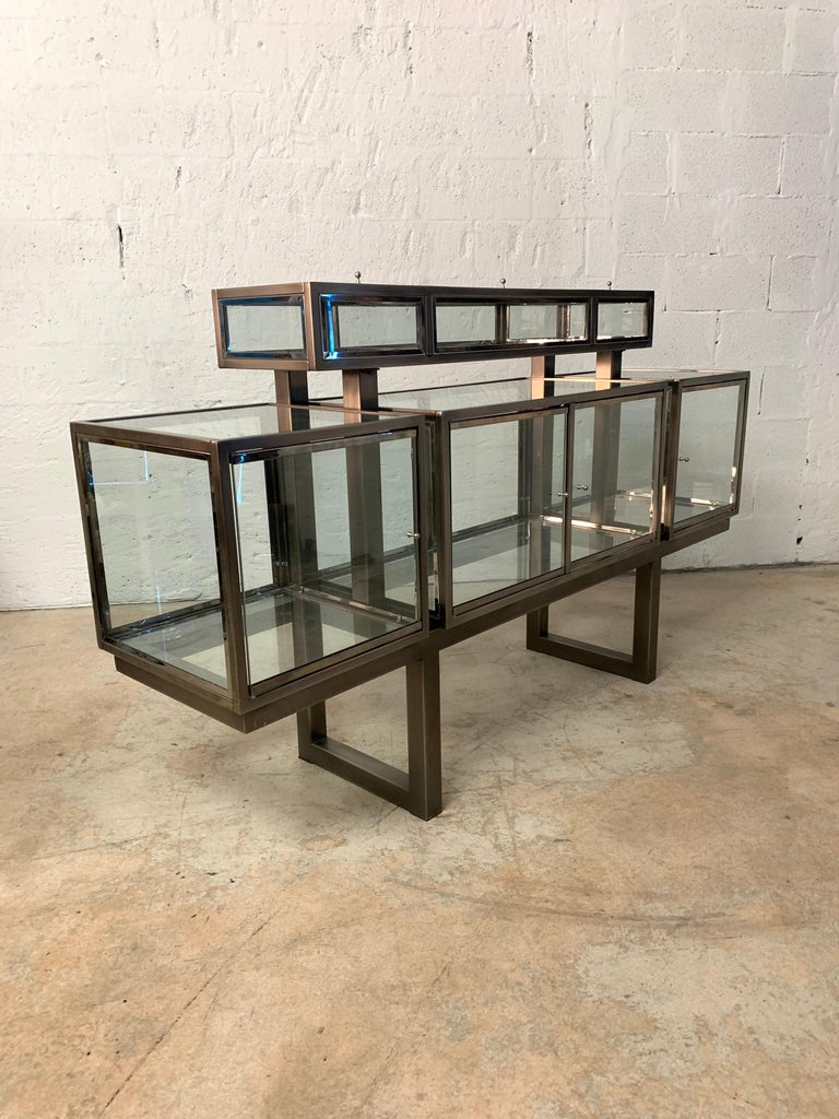 DIA Design Institute of America Steel Chrome and Glass Display Cabinet Vitrine For Sale 4