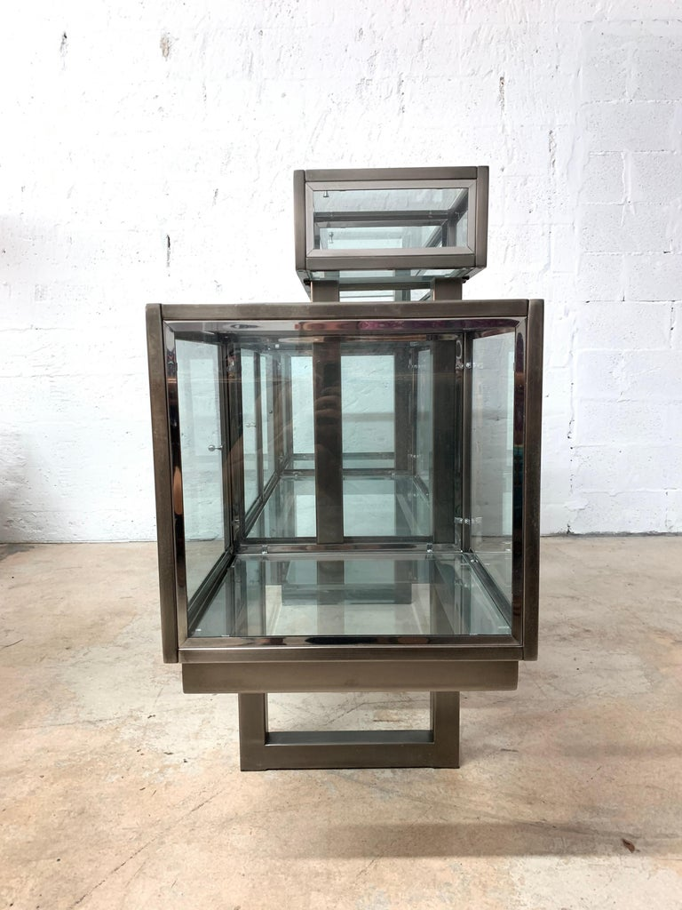 American DIA Design Institute of America Steel Chrome and Glass Display Cabinet Vitrine For Sale