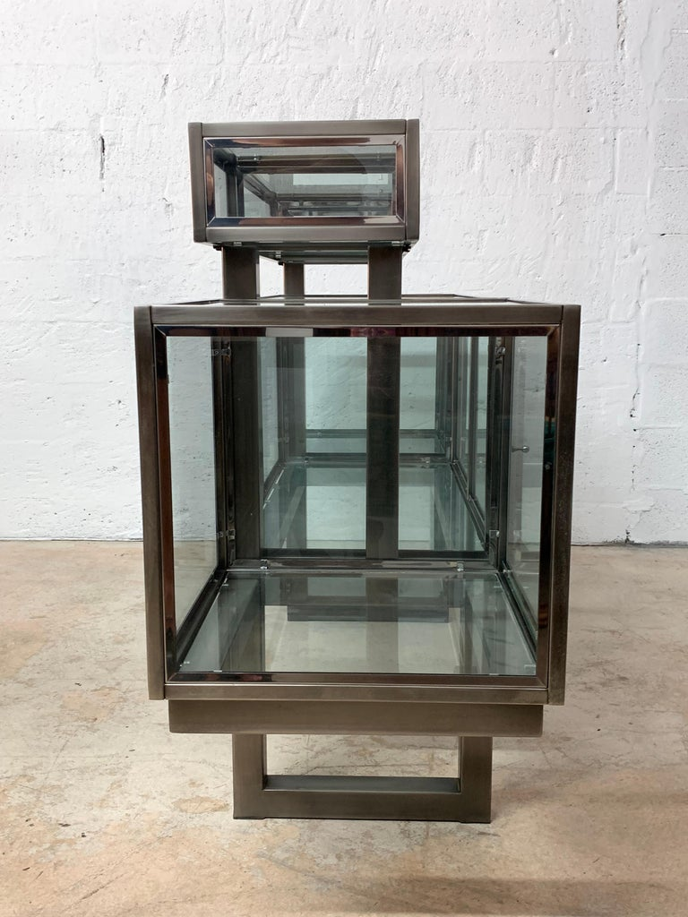 20th Century DIA Design Institute of America Steel Chrome and Glass Display Cabinet Vitrine For Sale