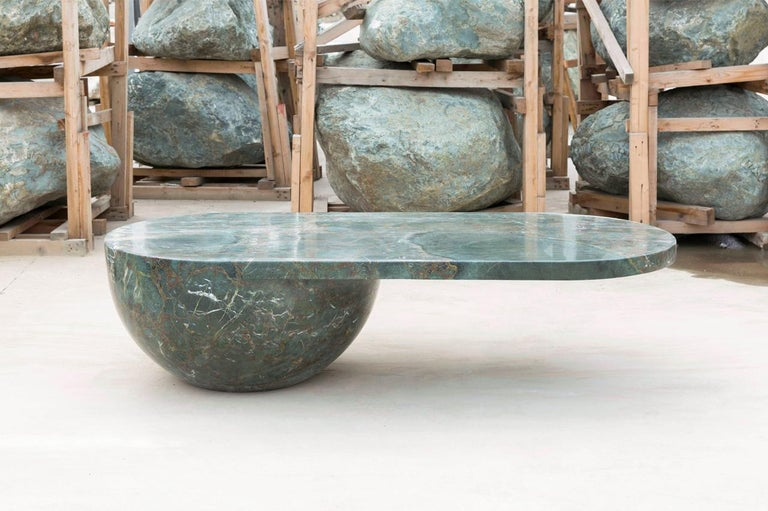 Diabase Volcanic Rock Coffee Table, Unique Hand-Sculpted, Rooms In New Condition For Sale In Collonge Bellerive, Geneve, CH