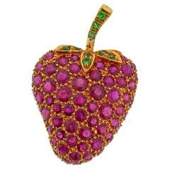 Diafini Ruby Tsavorite Gold Strawberry Brooch Pin