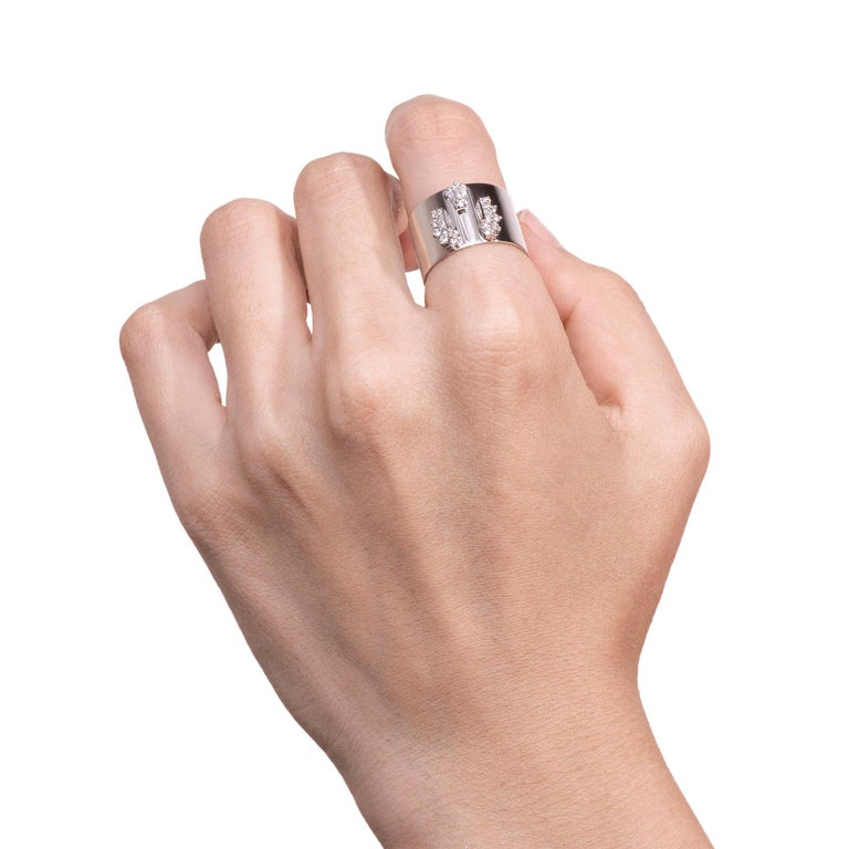 Diamond 0.250 Carat Platinum Wide Band Ring In New Condition For Sale In Shibuya, Tokyo, JP