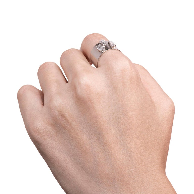 Women's or Men's Diamond 0.250 Carat Platinum Wide Band Ring For Sale
