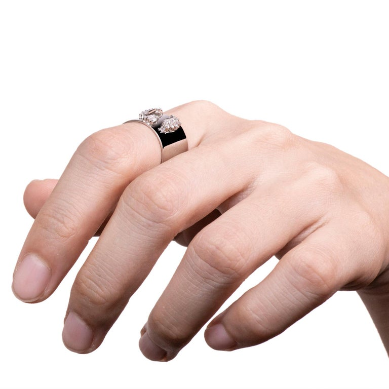 Diamond 0.250 Carat Platinum Wide Band Ring For Sale 1